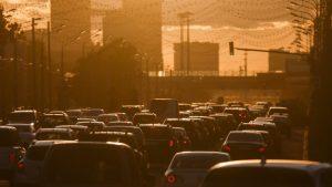 Spaliny samochodowe mogą zwiększać ryzyko demencji, jamaica.com.pl